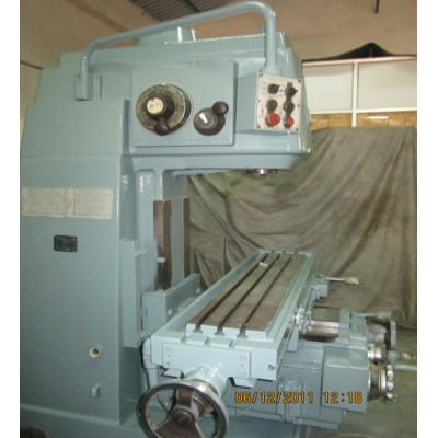 Milling Machine - HOWA